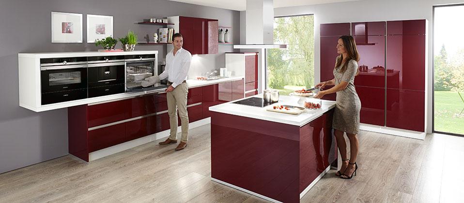 einbauk che mit profi ausstattung haus der k chen. Black Bedroom Furniture Sets. Home Design Ideas