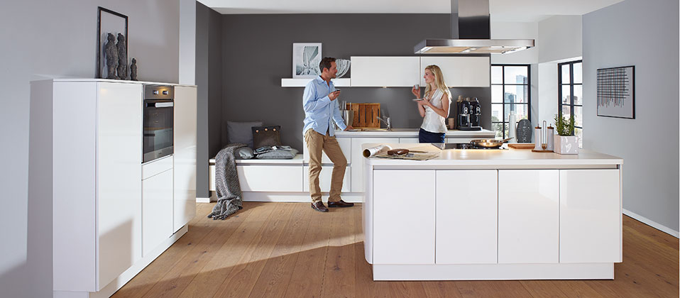 innovative designerk che mit kochinsel haus der k chen. Black Bedroom Furniture Sets. Home Design Ideas